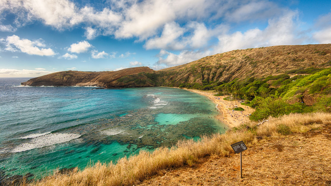 Hanauma-Bay-from-Entrance