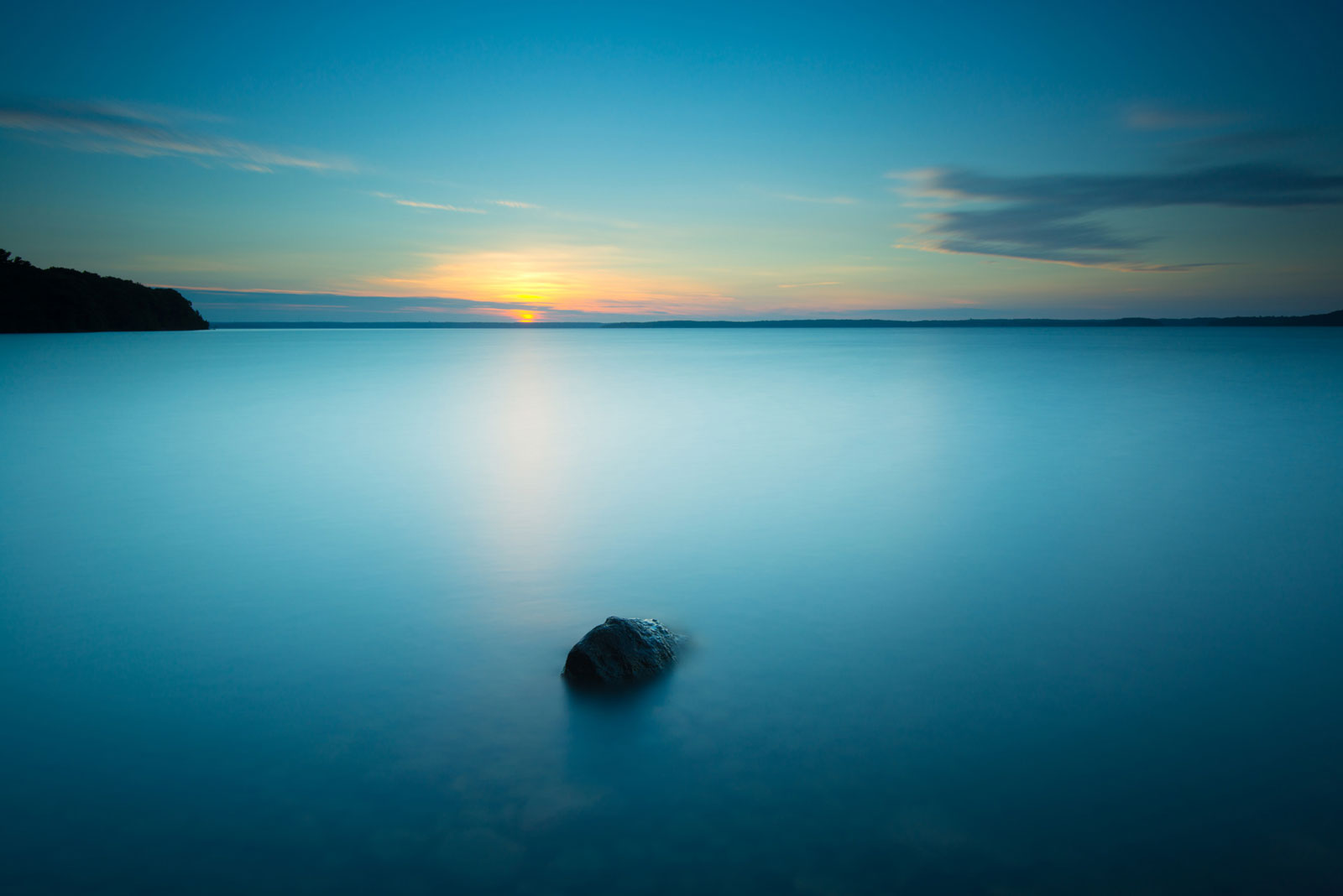lone rock georgian bay ontario sunrise landscape photography